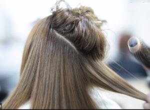 Ako si potpuno suv i oštećen kosu ranjivi na breakage